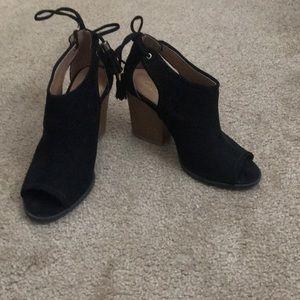Qupid - Black Heels